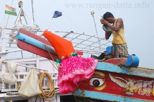 Boats being worshiped at Frazerganj Harbour