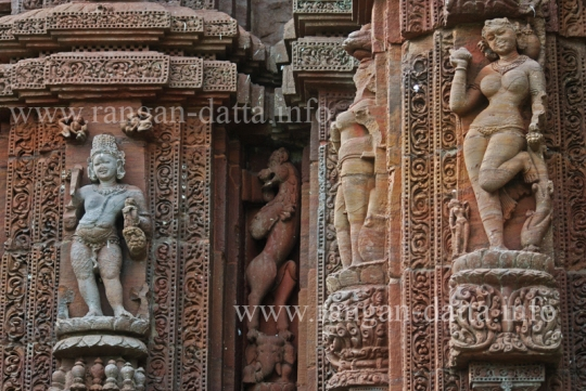 Female Figurines, Raja - Rani Temple, Bhubaneswar
