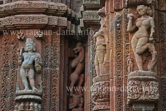 Female Figurines, Raja - Rani Temple, Bhubaneswar