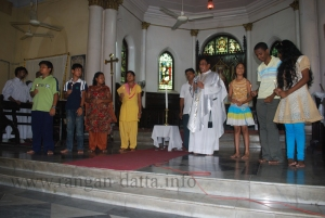 Sunday Mass, St. Mary's Church (Bangali Cathedral), Kolkata (Calcutta)