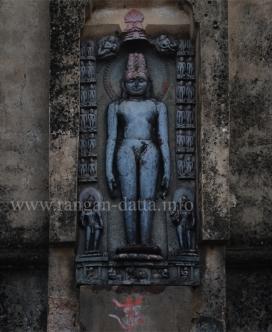 Jain Tirthankar, Dharapat