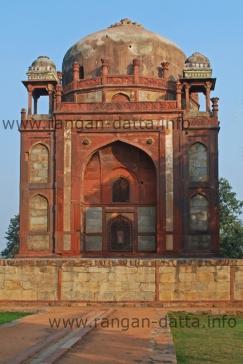 Barber's Tomb (Nai - ki - Gumbad), Humayun's Tomb Complex, Delhi