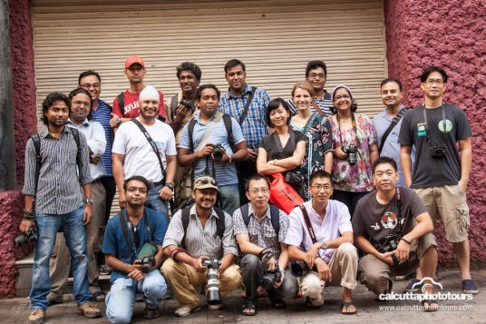 Scott Kelby's Photowalk, Calcutta (Kolkata) Group Photo (Photo Courtsey: Manjit Singh Hoonjan)