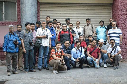 Second Wikipedia Kolkata Photowalk, Group Photo (Photo: Biswarup Ganguly)