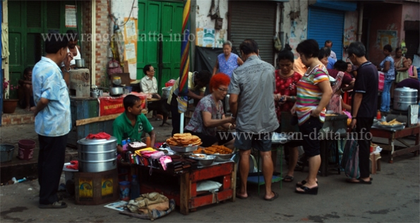 Chinese Breakfast, Old Chinatown (Tiretta Bazar), Calcutta (Kolkata)