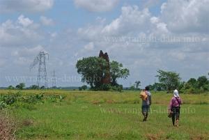A local escorts Amitabha Gupta to Ramsagar Semaphore Tower