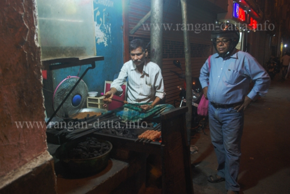 Sutli (Suta) Kababs at Adam's Kabab Shop, Phears Lane, Calcutta