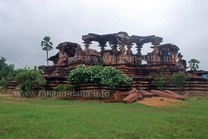 The Main Shiva Shrine, Ghanpur  Group of Temples