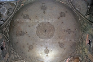Decorative Plaster work at the dome of Rahim Khan's Tomb