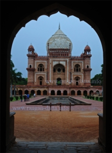 Safdarjung Tomb, through the entrance arch