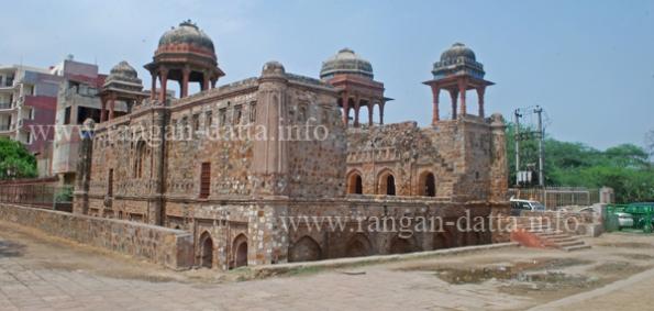 Jazah Mahal, Mehrauli, Delhi