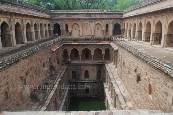 Rajon Ki Baoli, Mehrauli Archeological Park, Mehrauli, Delhi