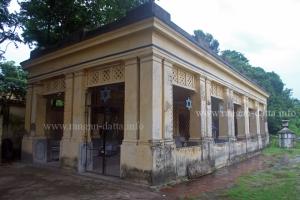 Pavilion, Jewish Cemetery, Kolkata