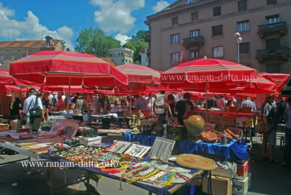 Zagreb Flea Market  at Hrelić on Sajmišna Cesta