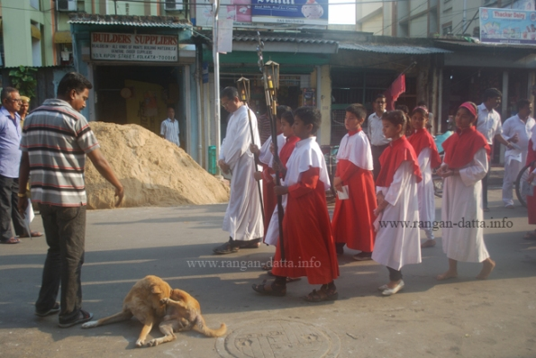 Another group of Seven Church Walkers at Ripon Street, Kolkata
