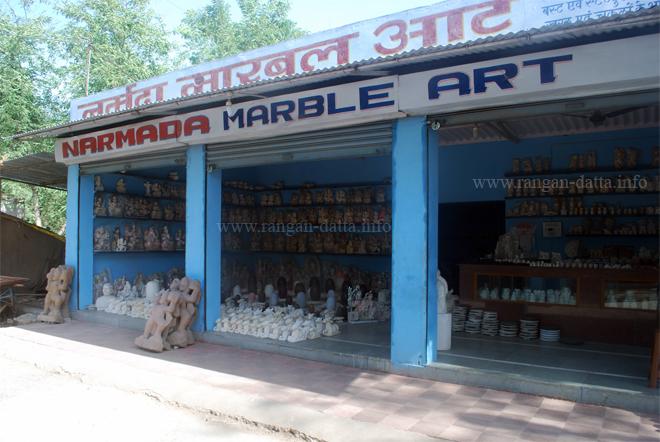 Marble Rocks And Dhuandhar Falls Bhedaghat Jabalpur Mp