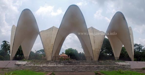 Mausoleum of three leaders (তিন নেতার মাজার), Sahabag, Dhaka, Bangladesh
