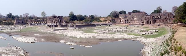 Mandu Royal Palace and Jal Mahal from Jahaz Mahal, Mandu