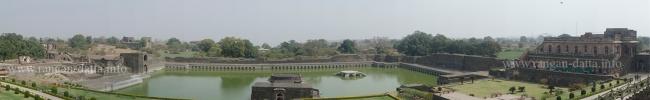 Kapoor Talao from Jahaz Mahal