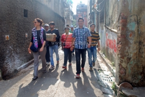 The walkers hit the road, Calcutta Times, Heritage Walk