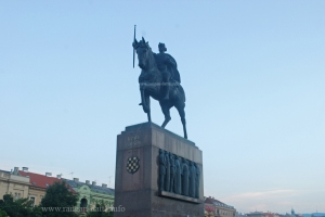 Statue of King Tomislav, Tomislav Square, Zagreb