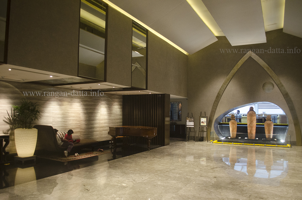 Lobby, The Lalit Great Eastern Hotel, Kolkata