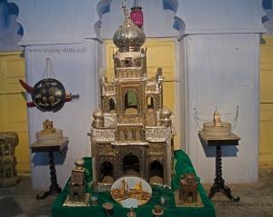 Wajid Ali Shah's Grave at Sibtainbad Imambara, Metibruz