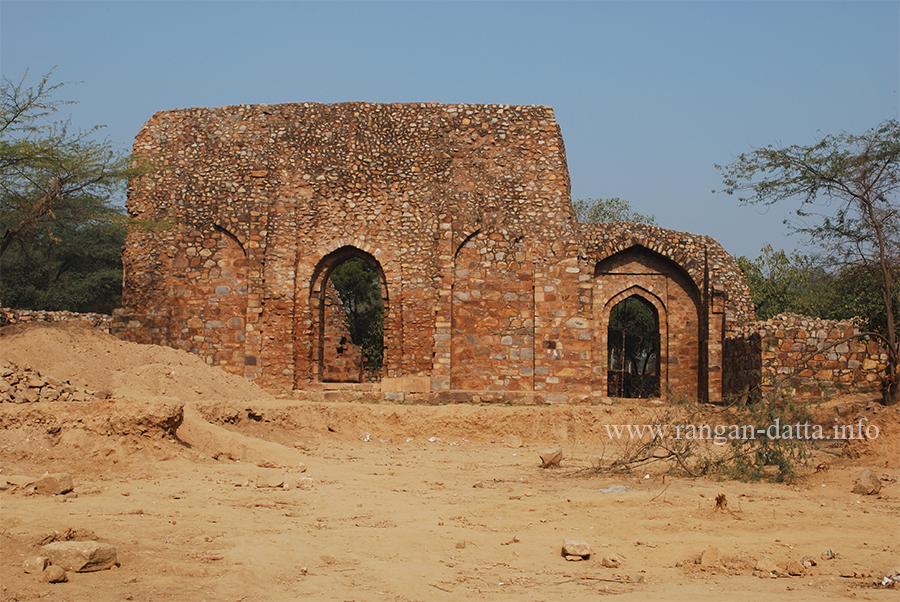Ghiyas-ud-din Balban's Tomb, Mehrauli Archaeological Park, Delhi