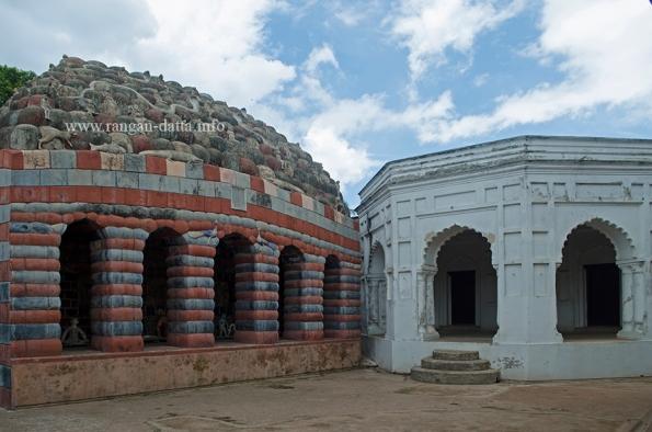 Girigobardhana Temple, Lalji Complex, Kalna