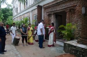 A grand welcome at The Rajbari Bawali