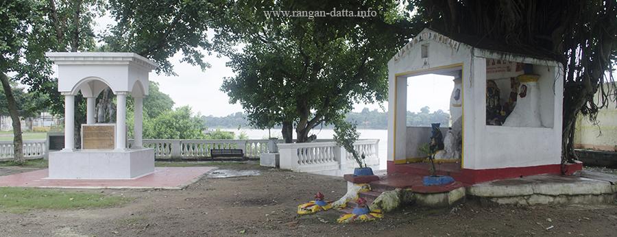 Suriname Memorial, Balu Ghat or Suriname Ghat, Metiabruz, Kolkata
