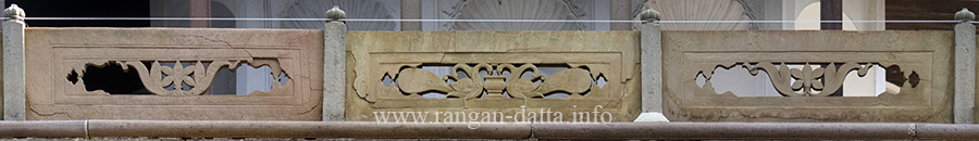 Decorative railing at balcony of Hanseswari Temple, Bamsberia
