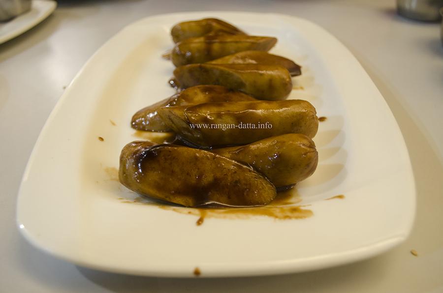 Barbequed Chicken Sausage, Flavothon, Cha Bar, Oxford Book Store, Kolkata