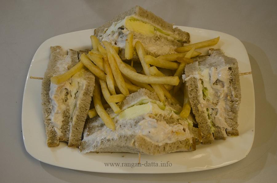 Celery Chicken Club Sandwich, Flavothon, Cha Bar, Oxford Book Store, Kolkata