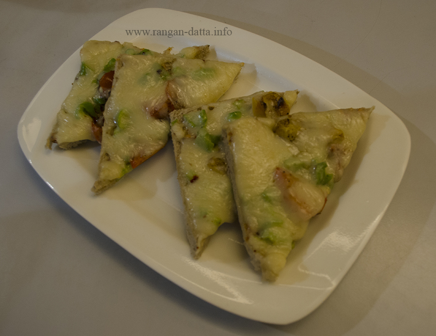 Three Chilli Cheese Toasties, Flavothon, Cha Bar, Oxford Book Store, Kolkata