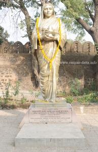 Statue of Ahilyaa Bai, Rajwadaa, Maheshwar Fort
