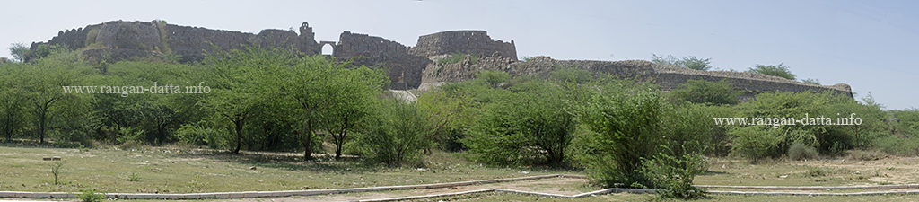 A panoramic view of the exterior of Adilabad Fort, Delhi