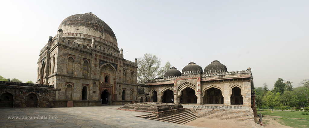 Panoramic view of Bara Gambud and Mosque, Lodi Garden, Delhi