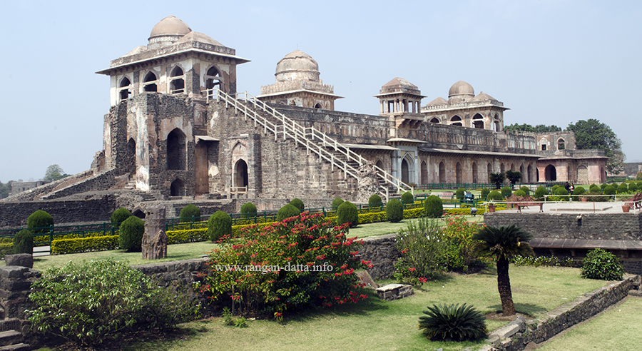 Jahaz Mahal (Ship Palace), Royal Enclave, Mandu, Madhya Pradesh (MP)