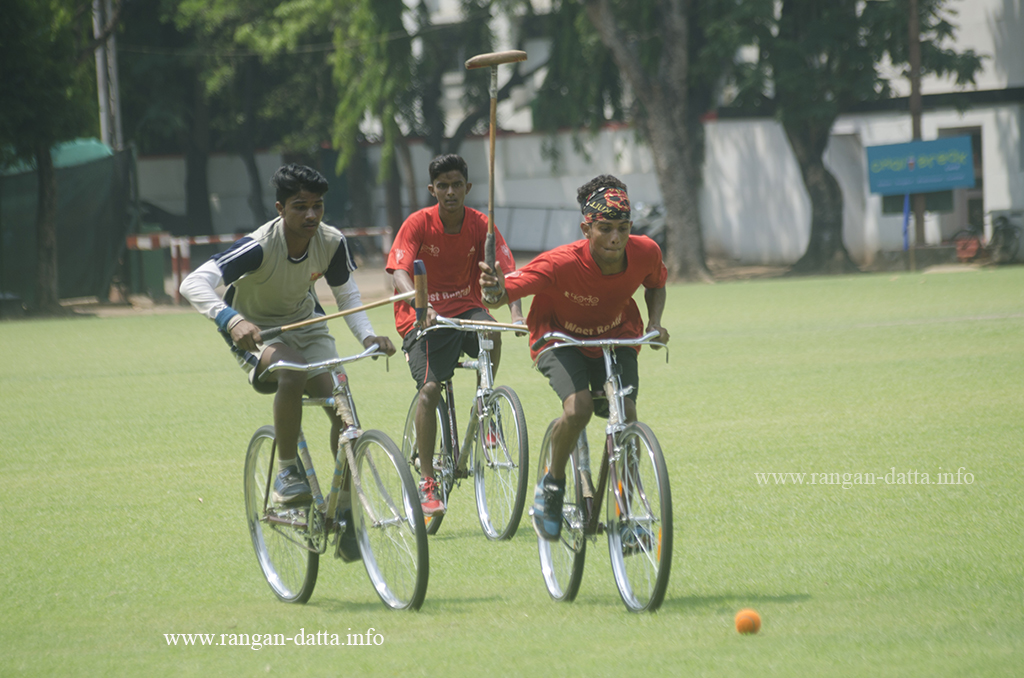Off they go..., Cycle Polo, CC&FC, Kolkata