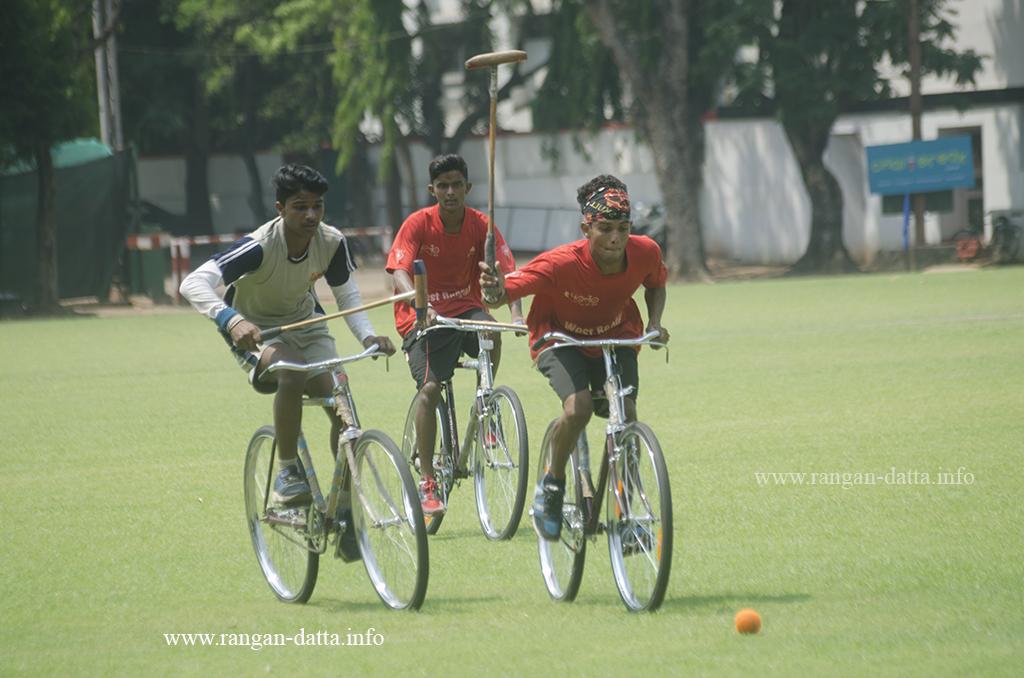 Off they go..., Cycle Polo, CC&FC, Kolkata