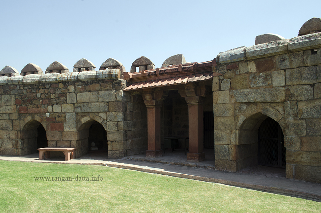 Cells with arched entrances and a pavilion on the inner walls of Ghiyas ud - Din Tughluq's Tomb