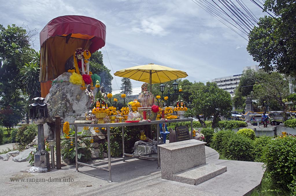 Pig Memorial, Bangkok