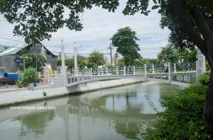 Pi Kun Bridge, over the Old City Moat