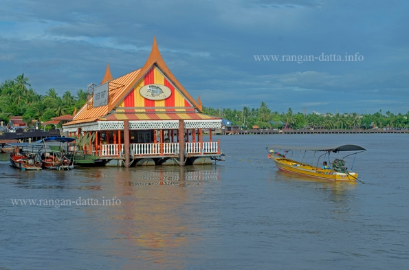 Amphawa Floating Market 1