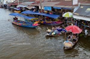 Amphawa Floating Market 5