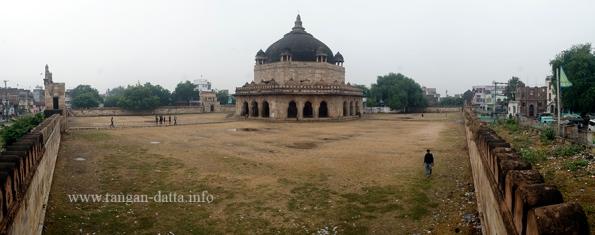 Hasan Shah Tomb 1