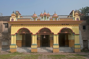 Bhukaailash Rajbari 1