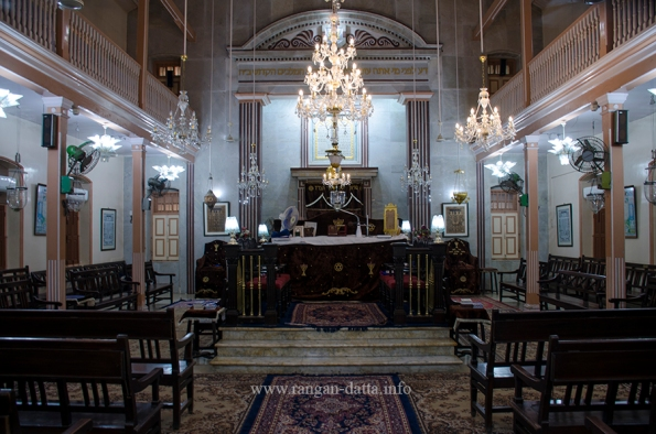 Magen Hassidim Synagogue 4