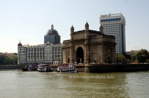 Gateway of India and Taj Mahal Hotel, from Elephanta ferry